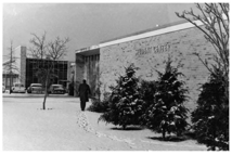 The present-day Art Center, in its original use as the college's Stu­dent Center, c. 1958. (photo: RIC Archives)
